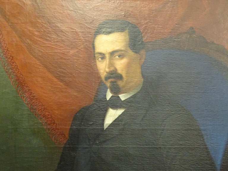 Painting Portrait of Spanish Bourgeois, Oil on Canvas, Gilt Carved Frame In Good Condition For Sale In Valladolid, ES