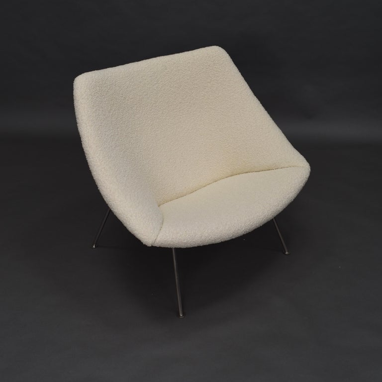 1st Edition Oyster Lounge Chair by Pierre Paulin Artifort New Upholstery, 1965 4