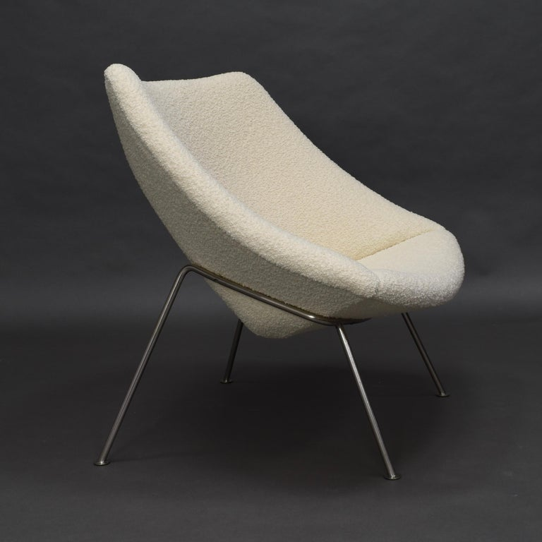 1st Edition Oyster Lounge Chair by Pierre Paulin Artifort New Upholstery, 1965 7