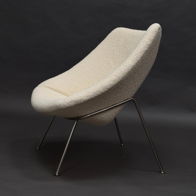 Mid-20th Century 1st Edition Oyster Lounge Chair by Pierre Paulin Artifort New Upholstery, 1965