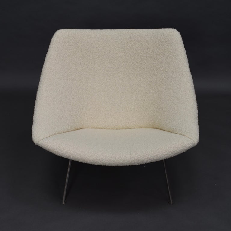 1st Edition Oyster Lounge Chair by Pierre Paulin Artifort New Upholstery, 1965 2