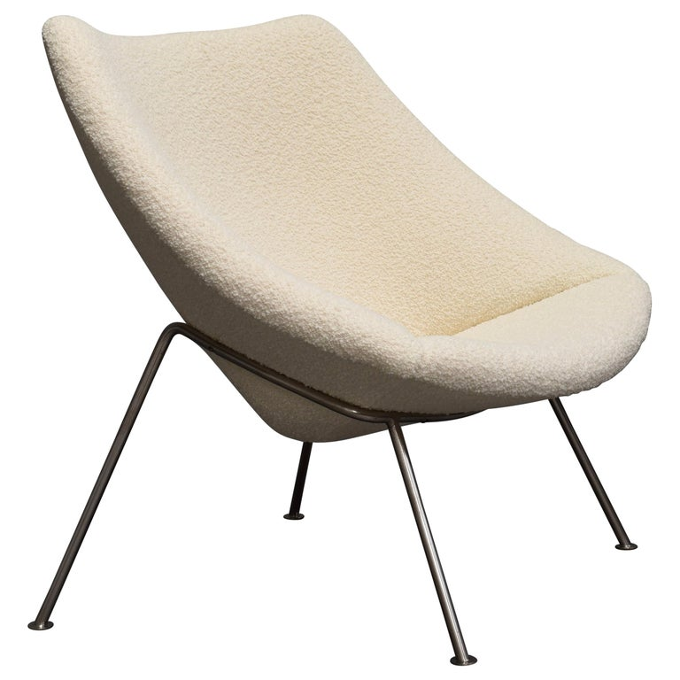 1st Edition Oyster Lounge Chair by Pierre Paulin Artifort New Upholstery, 1965