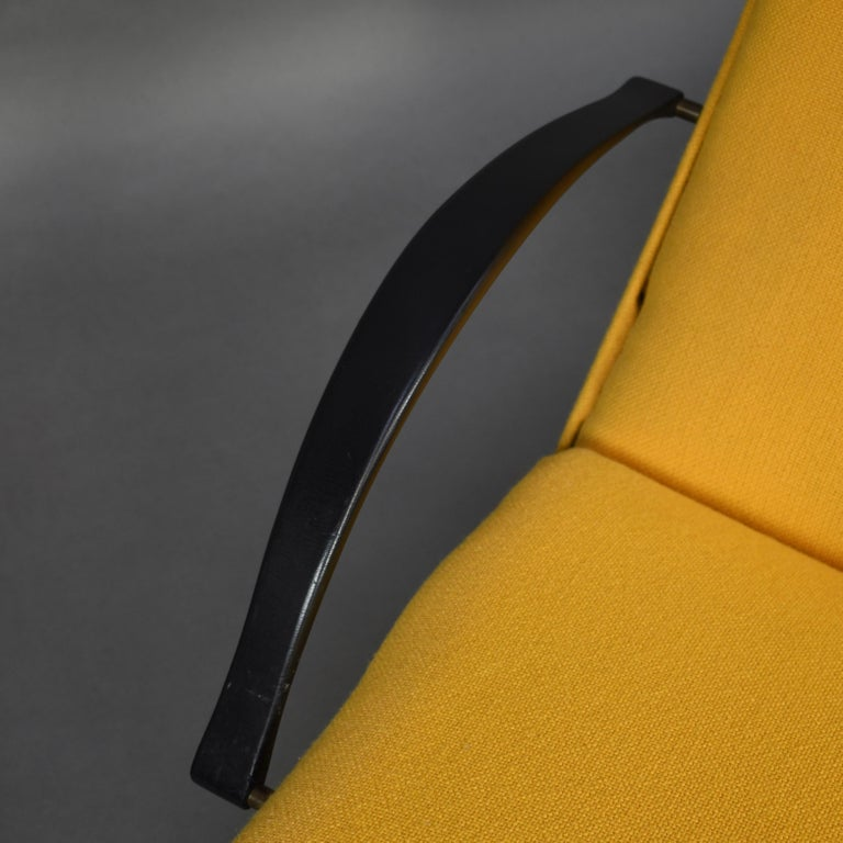 First Edition P40 Lounge Chair by Borsani for Tecno, Italy, circa 1950 For Sale 5
