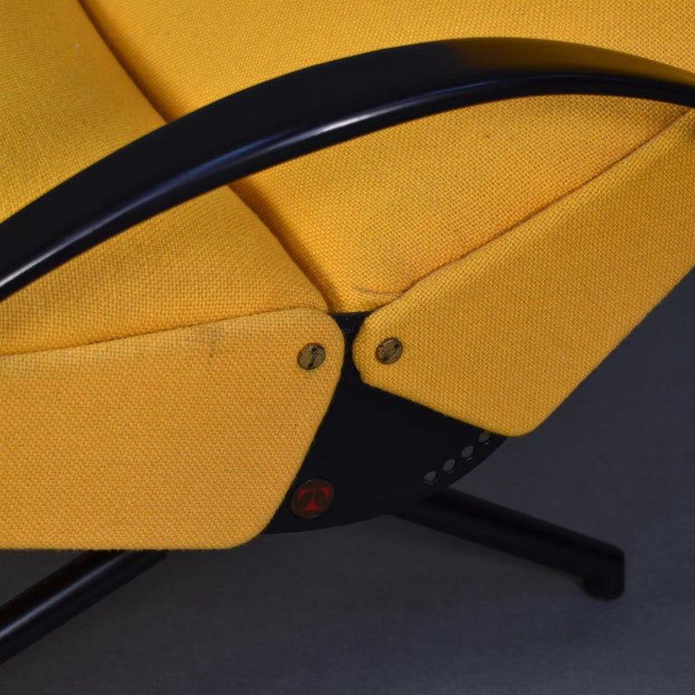 First Edition P40 Lounge Chair by Borsani for Tecno, Italy, circa 1950 For Sale 7
