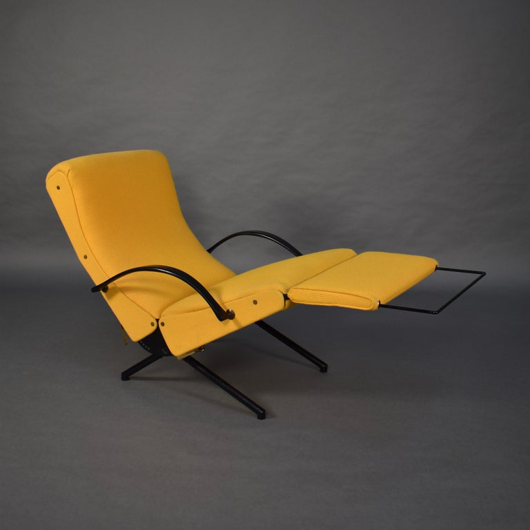First Edition P40 Lounge Chair by Borsani for Tecno, Italy, circa 1950 In Fair Condition For Sale In Pijnacker, Zuid-Holland