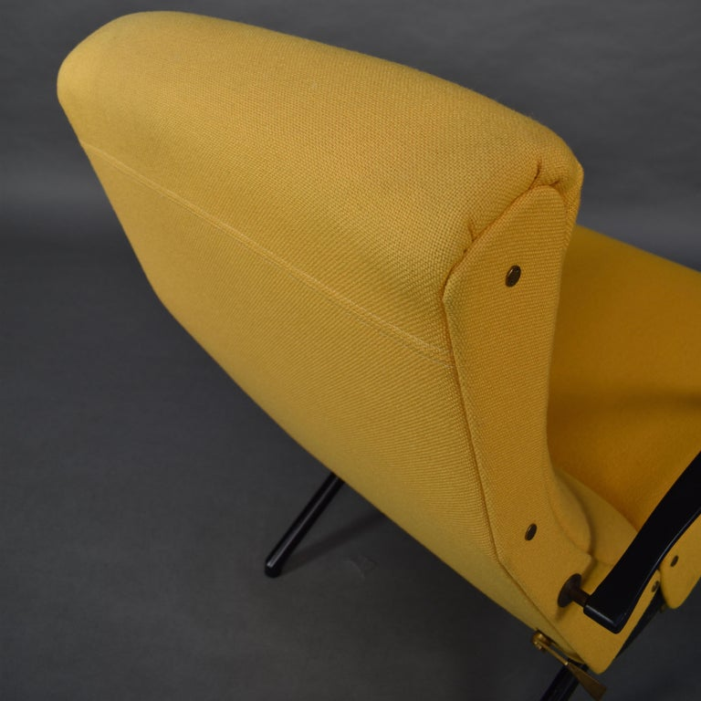 Metal First Edition P40 Lounge Chair by Borsani for Tecno, Italy, circa 1950 For Sale