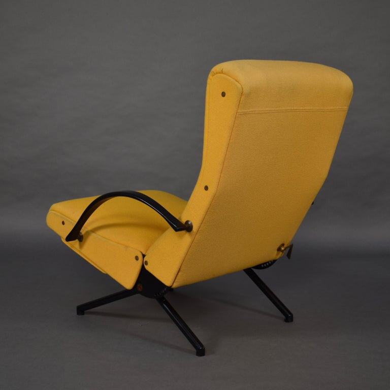 First Edition P40 Lounge Chair by Borsani for Tecno, Italy, circa 1950 For Sale 1