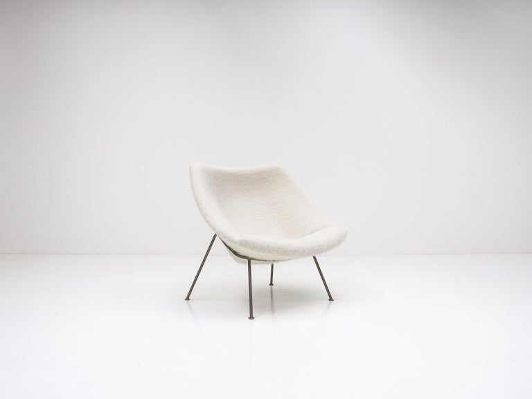 1st Edition Pierre Paulin F156 'Little Oyster' Lounge Chair in Pierre Frey 1960s For Sale 5