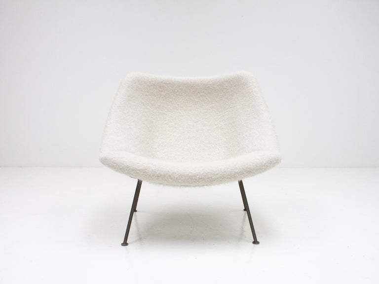 A 1st edition Pierre Paulin oyster lounge chair in newly upholstered fluffy wool, mohair and alpaca Pierre Frey fabric.  This 'little oyster' version is rarer than the larger and it was only produced for a short time, from 1965-1970, and has never