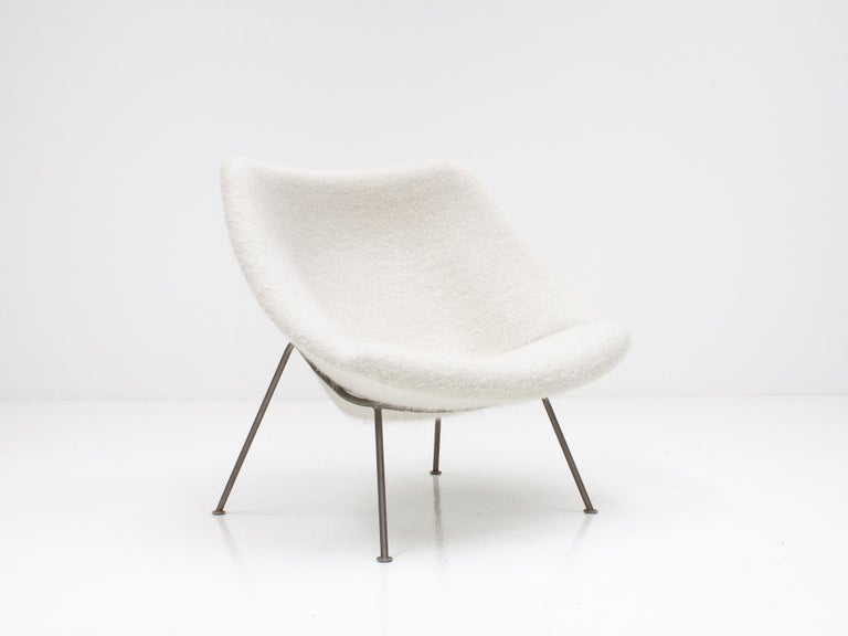 1st Edition Pierre Paulin F156 'Little Oyster' Lounge Chair in Pierre Frey 1960s For Sale 2