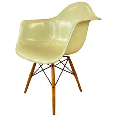 1st Edition Zenith Plastics Rope Edge Paw Chair Charles Eames for Herman Miller