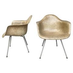 1st Generation Charles Eames Zenith/Herman Miller Plastic Rope Edge Chair