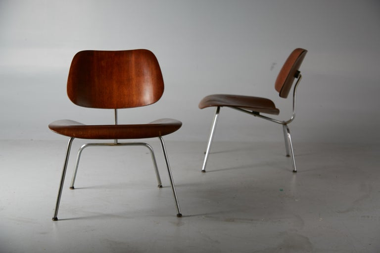 1st Generation Evans Production Charles and Ray Eames LCM Chairs, 1946, Signed For Sale 3