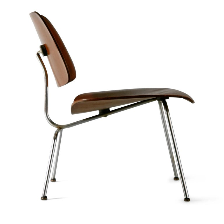 Mid-Century Modern 1st Generation Evans Production Charles and Ray Eames LCM Chairs, 1946, Signed For Sale