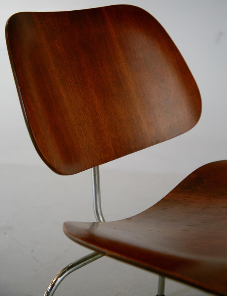 Plywood 1st Generation Evans Production Charles and Ray Eames LCM Chairs, 1946, Signed For Sale
