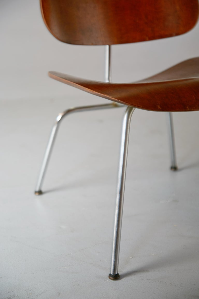 1st Generation Evans Production Charles and Ray Eames LCM Chairs, 1946, Signed For Sale 1