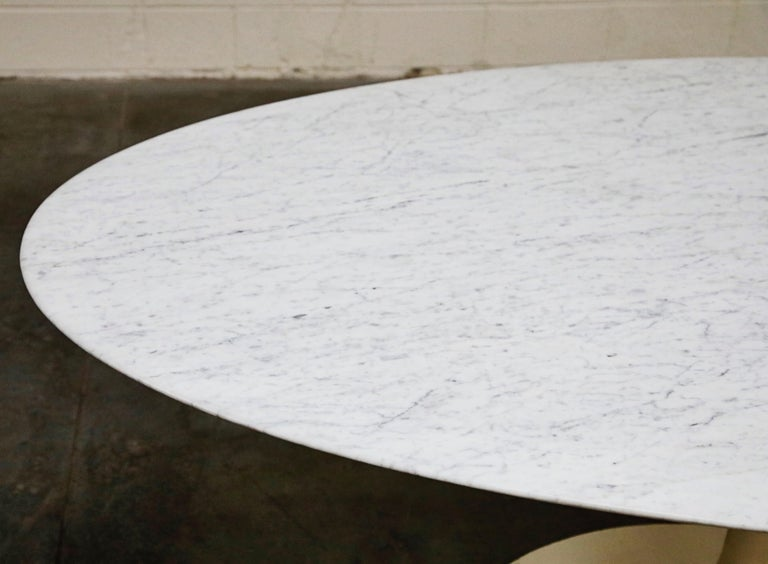 1st Generation Knoll Associates Marble Tulip Dining Table, 1950s, Triple Signed For Sale 12
