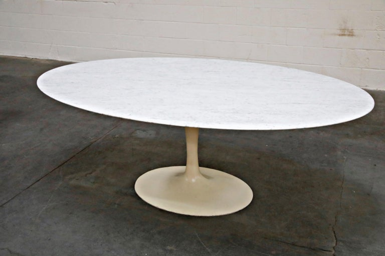 Mid-20th Century 1st Generation Knoll Associates Marble Tulip Dining Table, 1950s, Triple Signed For Sale