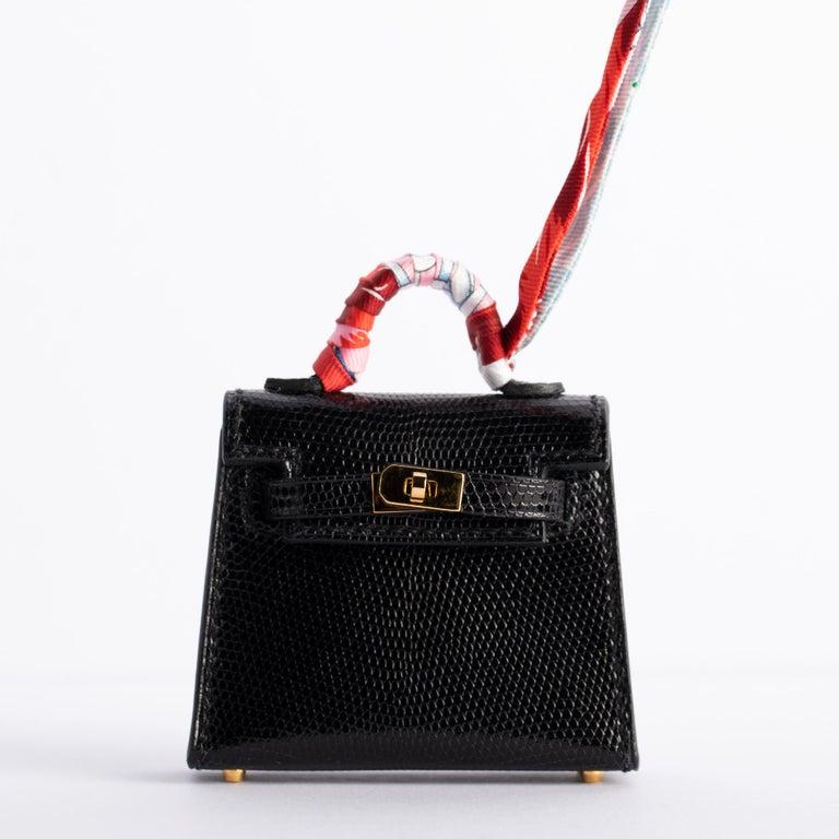 1stdibs Exclusive Hermès Kelly Charm Black Lizard Gold Hardware For Sale 2