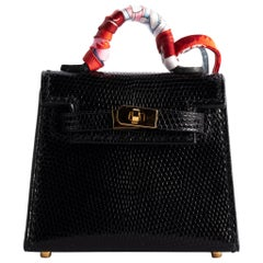 1stdibs Exclusive Hermès Kelly Charm Black Lizard Gold Hardware