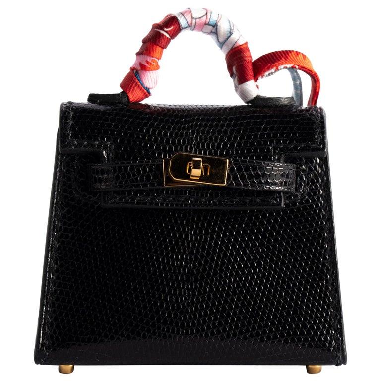 1stdibs Exclusive Hermès Kelly Charm Black Lizard Gold Hardware For Sale
