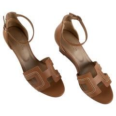 1stdibs Exclusive Hermes Legend Sandal Gold Size 39FR