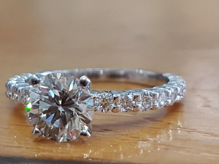 2 Carat 14 Karat White Gold Round Diamond Ring, Vintage Style Diamond Ring In New Condition For Sale In New York, NY