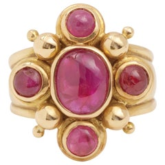 2 Carat Cabochon Rubies 18 Carat Yellow Gold Ring
