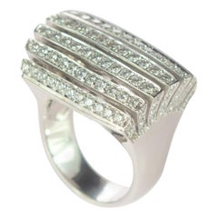 2 Carat Diamond Brilliant 18 Karat Gold Pyramid Crown Cluster Cocktail Ring