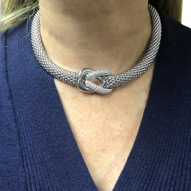 Round Cut 2 Carat Diamond Necklace For Sale