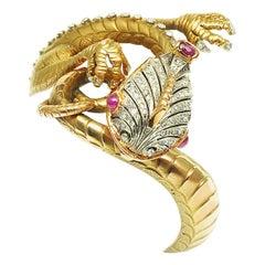 2 Carat Diamond Rubies and 18 Karat Gold Dragon Bangle Bracelet Italy circa 1960