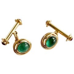 2 Carat Emerald Cabochon and 18 Karat Yellow Gold Cufflinks