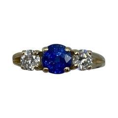 2 Carat Fine Cornflower Blue Ceylon Sapphire and Diamond Three-Stone Gold Ring