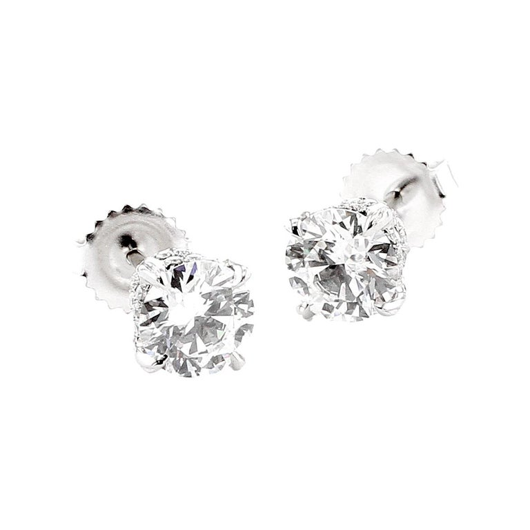 Contemporary 2 Carat GIA Type 2A D Flawless Diamond Toi Et Moi Platinum Earring and Ring For Sale
