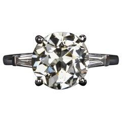 2 Carat Old European Cut Diamond 18 Carat White Gold Ring
