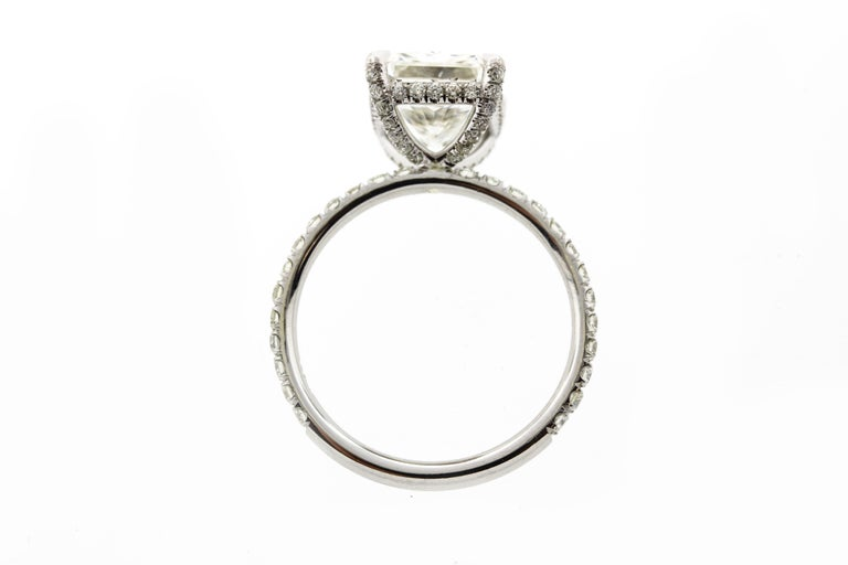 Contemporary 2 Carat Radiant Cut Diamond 'GIA' with Diamonds under the Basket For Sale