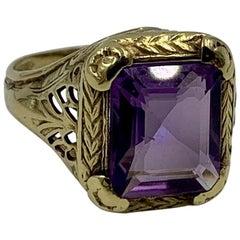 2 Carat Siberian Amethyst Ring 14 Karat Yellow Gold