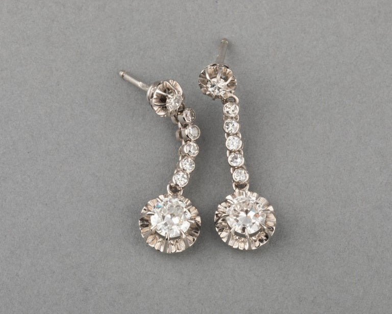 2 Carat Diamonds French Art Deco Earrings In Good Condition For Sale In Saint-Ouen, FR
