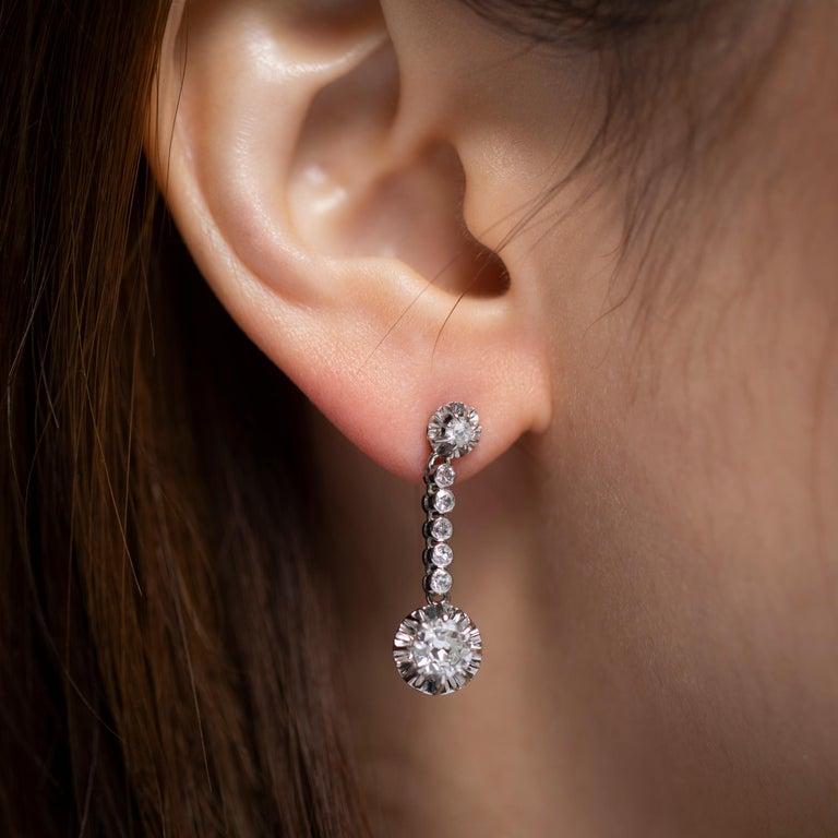 2 Carat Diamonds French Art Deco Earrings For Sale 2