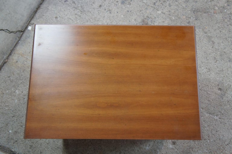 2 Drexel Heritage Movanti Mediterranean Fruitwood Nightstands Grille Doors Tray In Good Condition For Sale In Dayton, OH