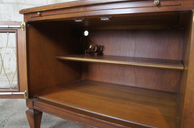 2 Drexel Heritage Movanti Mediterranean Fruitwood Nightstands Grille Doors Tray For Sale 3