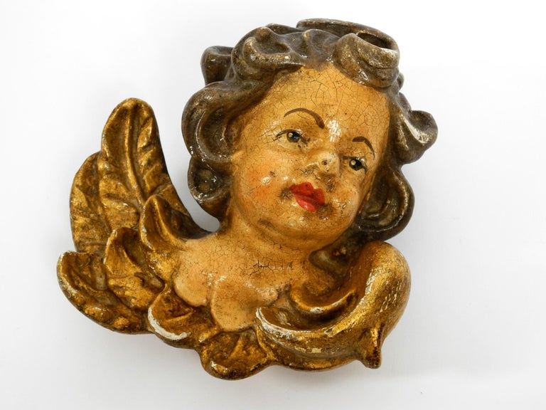 2 Enchanting Little Handmade Italian Wooden Angel Heads from the 1930s to Hang For Sale 11