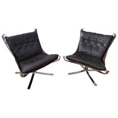 2 Falcon Chairs 1970s Low-Back with Footrest by Sigurd Resell for Vatne