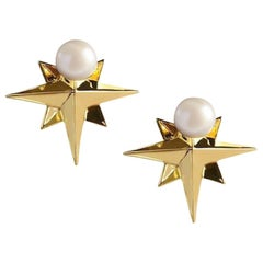 2 in 1 Natural Round Pearl and 14 Karat Yellow Gold Compass Star Earrings