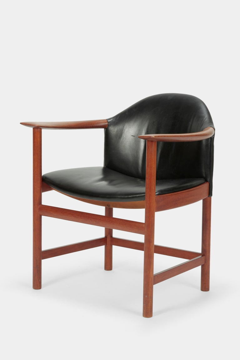 2 Kai Lyngfeldt Larsen Chairs Denmark, 1960s In Good Condition For Sale In Basel, CH