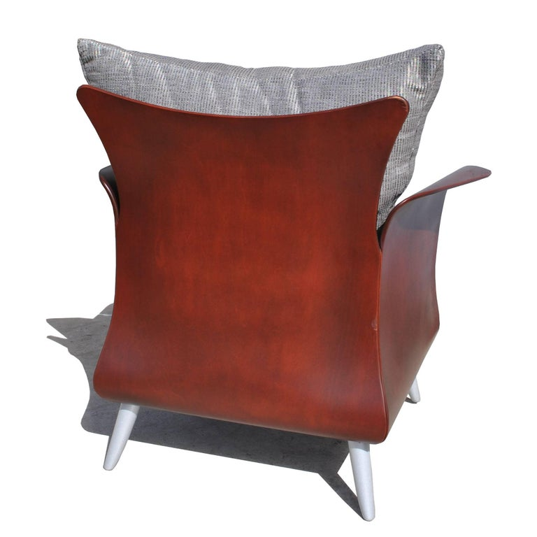 American Two Keilhauer Belle Lounge Chairs Bentwood Tom HcHugh For Sale