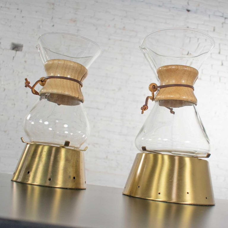 American 2 Mid-Century Modern Chemex Pour Over Coffeemakers, Peter Schlumbohm with Warmer For Sale