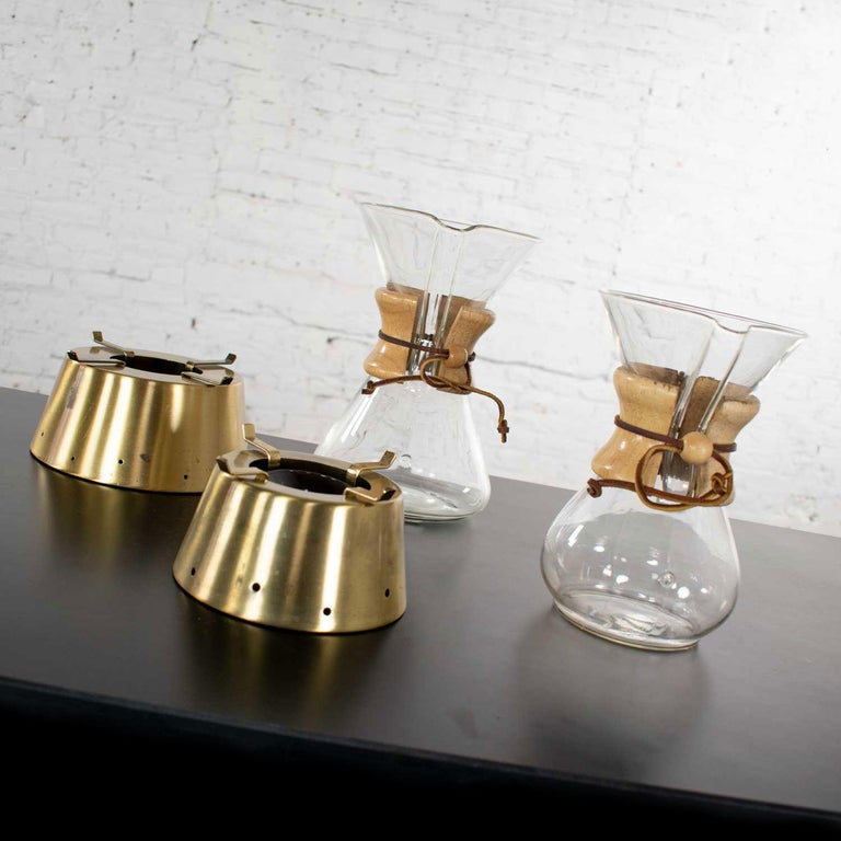 2 Mid-Century Modern Chemex Pour Over Coffeemakers, Peter Schlumbohm with Warmer For Sale 3
