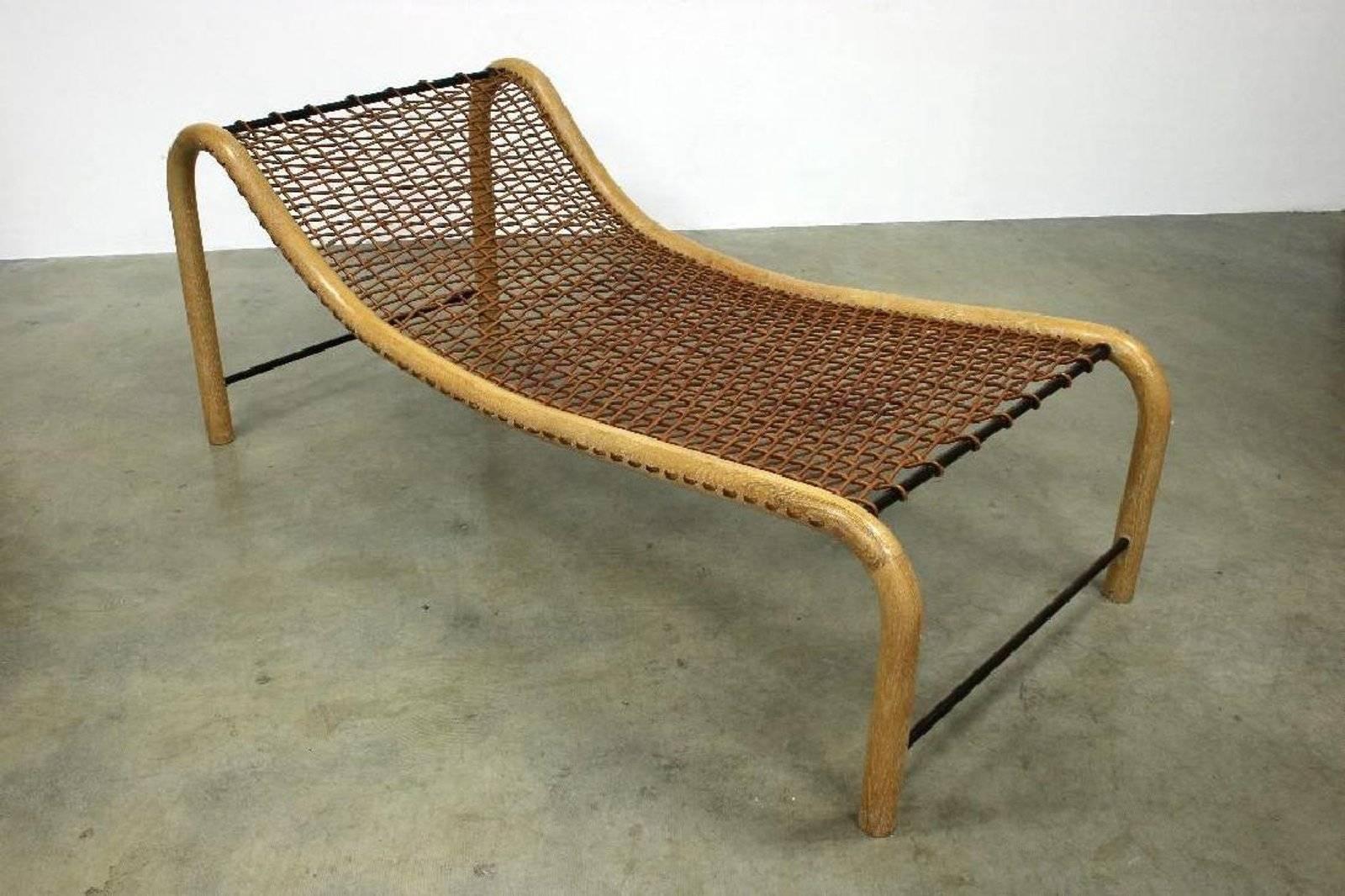 Übergroße Chaise Lounge Stühle Woven Von William Emmerson Im Angebot Bei  1stdibs