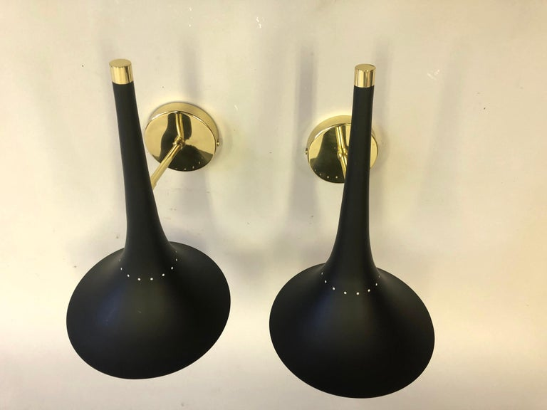 2 Pairs of Italian Mid-Century Modern Sconces Attributed to Stilnovo In Excellent Condition For Sale In New York, NY
